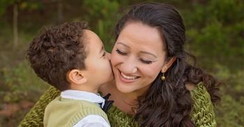 Mẹ – Món quà vô giá trong cuộc đời con