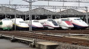 Tàu siêu tốc Shinkansen, niềm tự hào Nhật Bản.